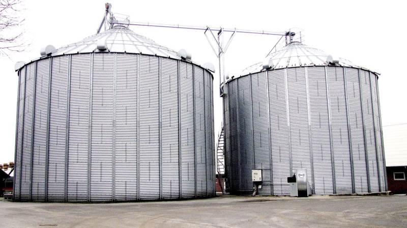 I en amerikanersilo, hvor kornet ikke konsekvent tages ud fra bunden eller holdes oprørt, vil der i de nederste lag kunne opstå toksinproblemer. Arkivfoto