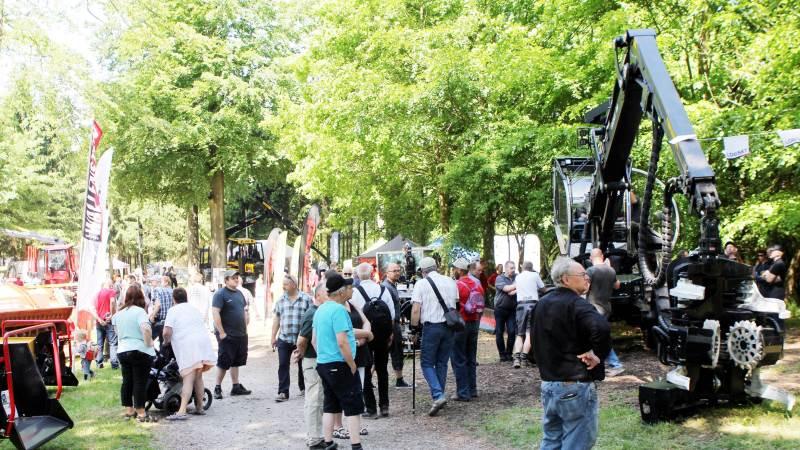Der forventes op mod et par tusinde besøgende, når Skov & Teknik 2018 afvikles torsdag den 17. maj på Langesø Gods. Billedet er fra messen for fire år siden. Foto: Bøje Østerlund