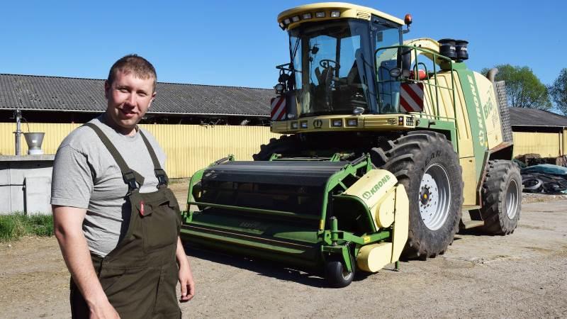 - Min hidtil vigtigste maskine er denne Krone BigX V12 finsnitter, som jeg købte brugt sidste år til majssæsonen, fortæller Jacob Eskelund Nielsen, JEN Maskinstation, Gelsted.