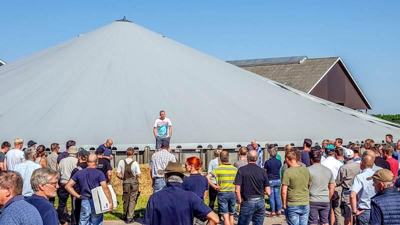- Planen er at afvikle Økologisk grovfoderdag igen om to år på en ny, spændende kvæggård, hvor der i lighed med i år bliver masser at se på og snakke om, oplyser plantechef i ØkologiRådgivning Danmark, Claus Østergaard.