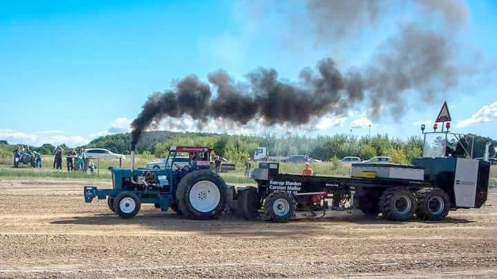 34 traktorer og en Terra Gator sørgede for, at tilskuerne havde nok at se på ved årets traktortræk på Sydfyn. Fotos: Sydfyns Traktortræk