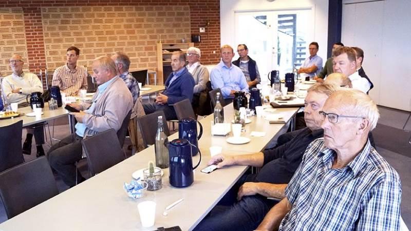 De fremmødte landmænd fik noget at tænke over ved mødet om eventuelle investeringer i solcelleparker.