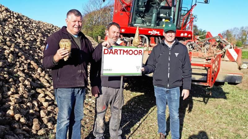 Ved kulen med Dartmoor-roer på Ringsebøllegård ses fra venstre: Torben Frandsen, Karsten Larsen og Ole Lauridsen. Foto: Ulrik Larsen