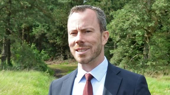 Miljø- og fødevareminister Jakob Ellemann-Jensen (V) vil have klarhed over, hvor meget landbruget reelt har tabt på tørken. Arkivfoto.