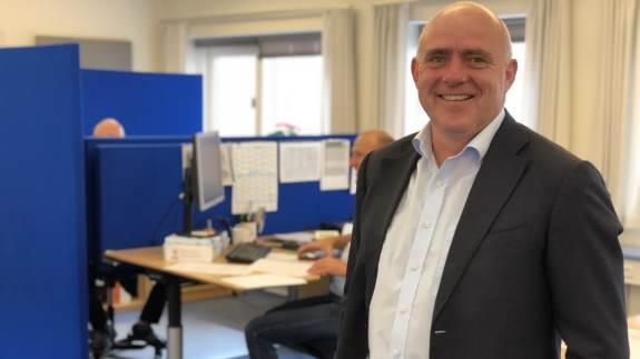 Vestjyllands Andels direktør Steen Bitch har gode nyheder til andelshaverne, når de i næste uge mødes til generalforsamling. Selskabet vil således fordele hele overskuddet på 55 millioner kroner blandt medlemmerne.