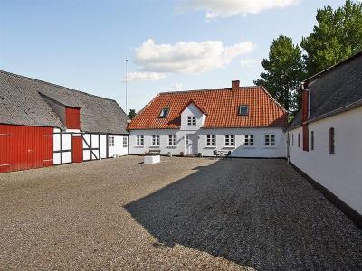 Til hestefamilie og nær Svendborg by