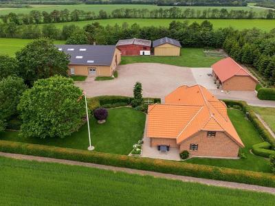 Fritidslandbrug 24 ha, moderne bolig med lave energiudgifter.